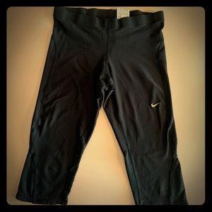 Women's Nike Dri fit Black crop pants